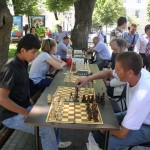 в шахматах - ходят